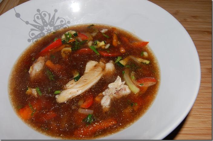 Čínská polévka s pečeným kuřetem02