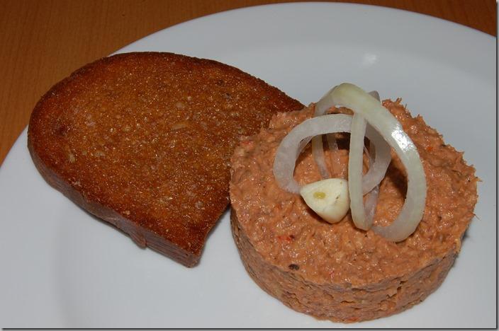 bulharka domácí talíř topinka