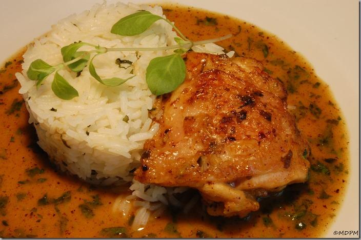 Kuřecí špalíky na majoránce a petrželková rýže s lanýžovým olejem01