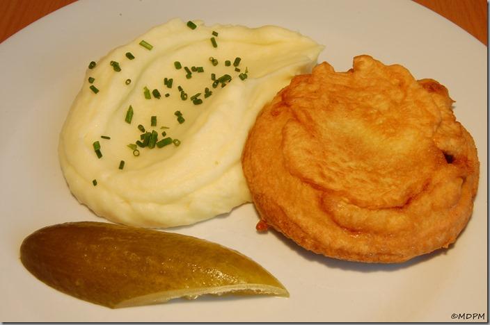salám v těstíčku s bramborovou kaší03