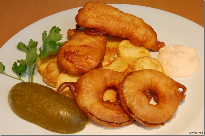 Chicken Strips & Onion Rings & Potato Chips02
