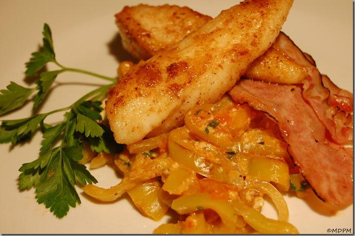 Mořský ďas, zeleninové lečo a slanina01