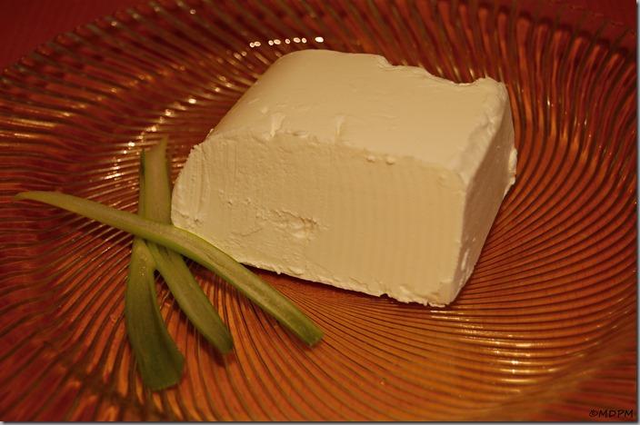 salátový sýr na váhu01