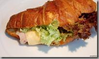 Croissant plněný