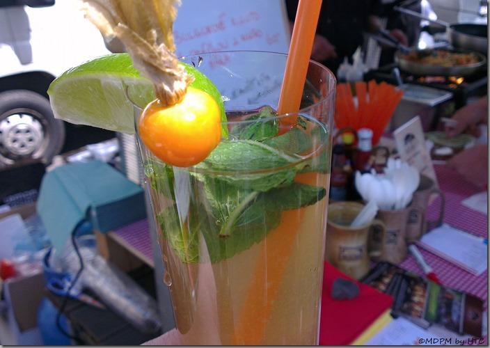 lavička - citronáda s mochyní