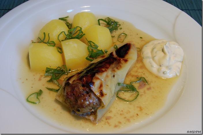16 - Plněné papriky - pečené s brambory a tatarkou