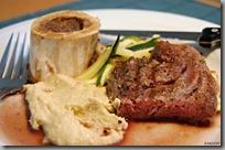 biftek, morek, hummus, cuketa