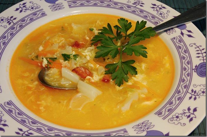 květáková polévka s blanšírovanou kapustou01