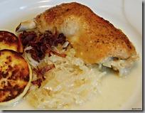 Kuře na zelí a opékaný bramborový knedlík02