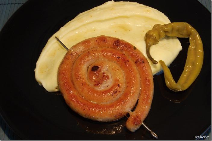opékaná vinná klobása s bramborovou kaší01
