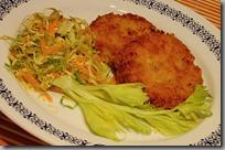 05-vegeburger a salát