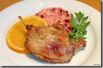 02-Kachní stehna pečená s pomeranči a kuskus s červenou řepou