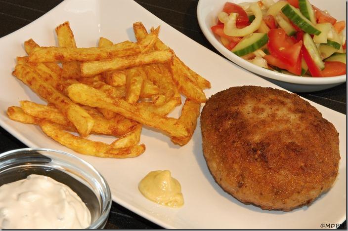 02-burger a hranolky