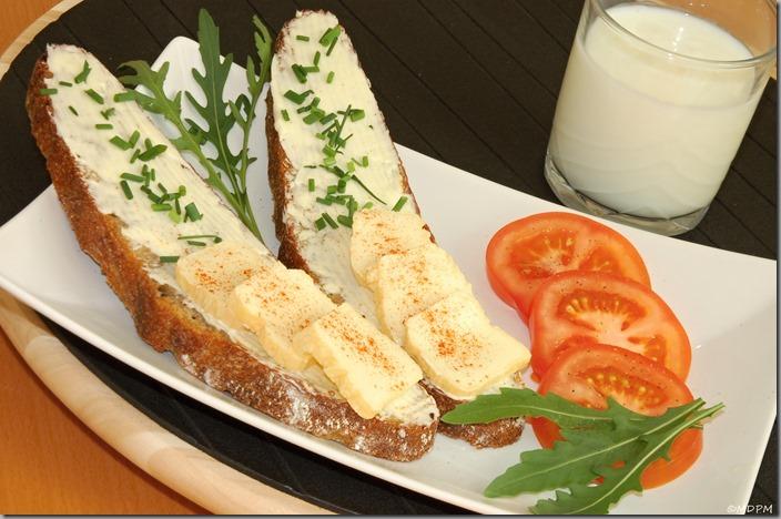 02-chléb,máslo atd