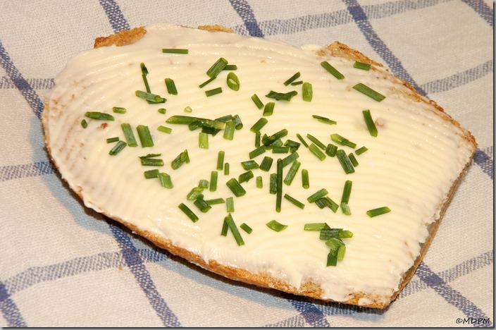 12-s máslem a pažitkou