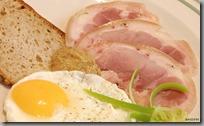 04-šunkové kolínko, vejce, chléb