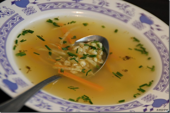 01-Uzená polévka s krupkami a zeleninou