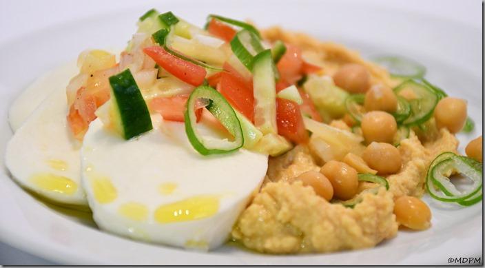 hummus, mozarella, salsa03-01